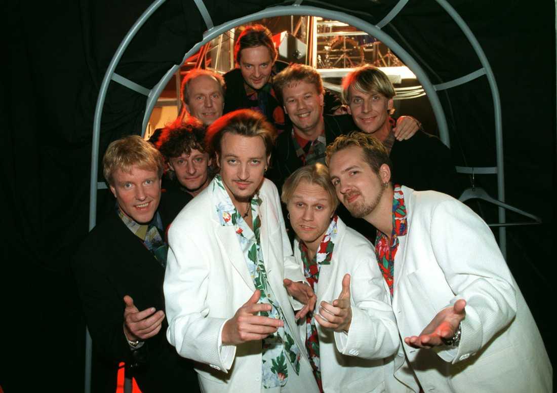 """1996 Vid grammisgalan 1996 uppträdde Just D tillsammans med Thorleifs med singeln """"Tre gringos""""."""