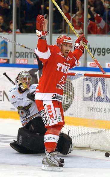 """""""Z"""" firar Timrås 1-1-mål."""