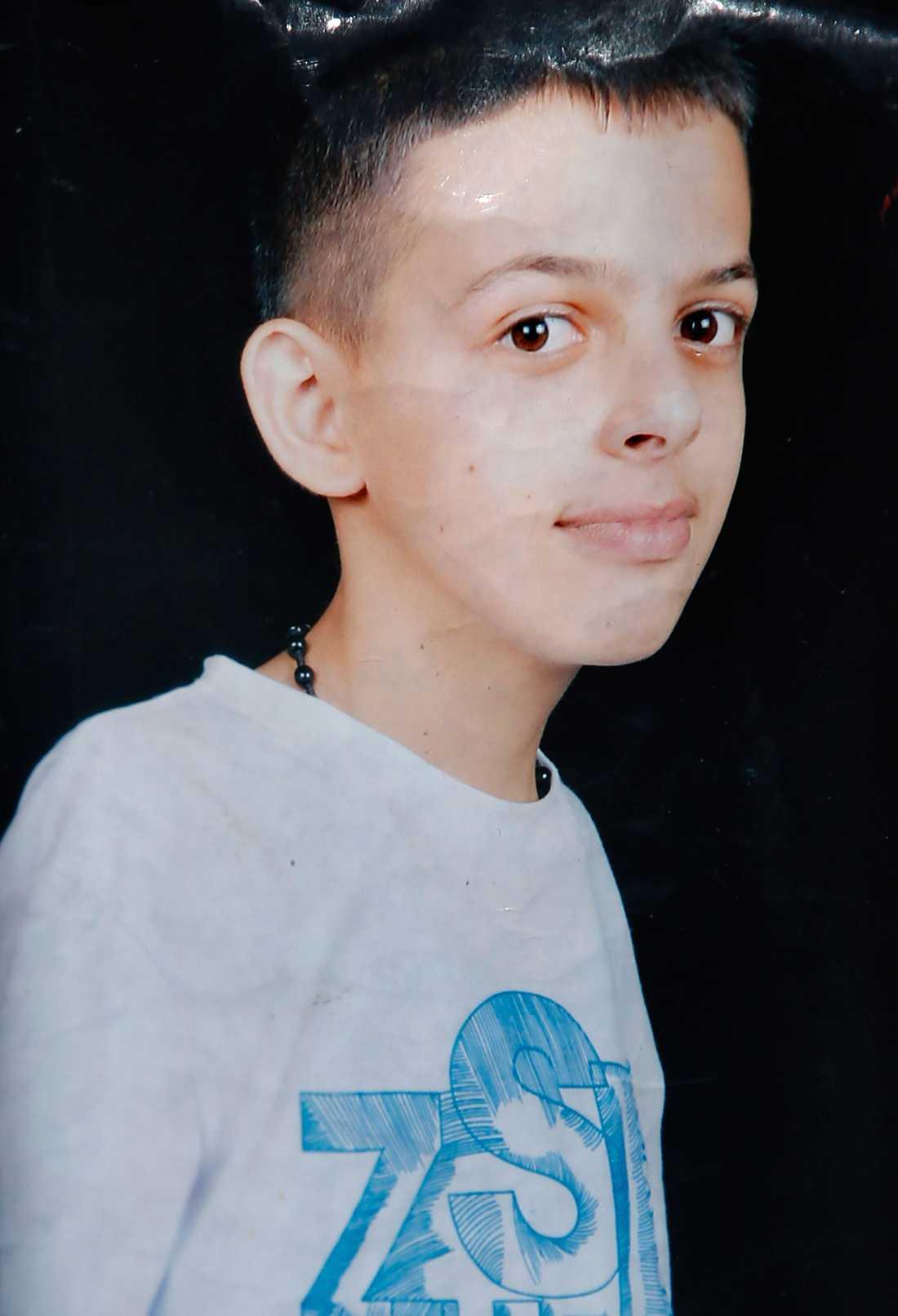 Två dagar senare förs en 16-årig palestinsk pojke, Mohammed Abu Khudair, bort och hittas senare mördad. Obduktionen visar att han har bränts levande.