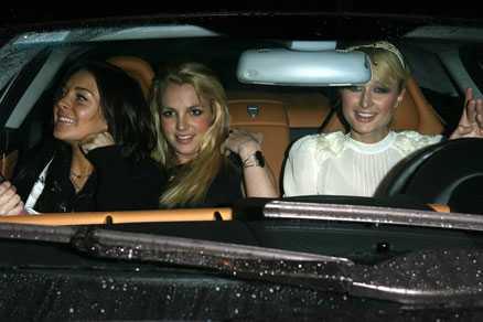 Svårt leka tre I helgen satt Britney närmast Lindsay Lohan.
