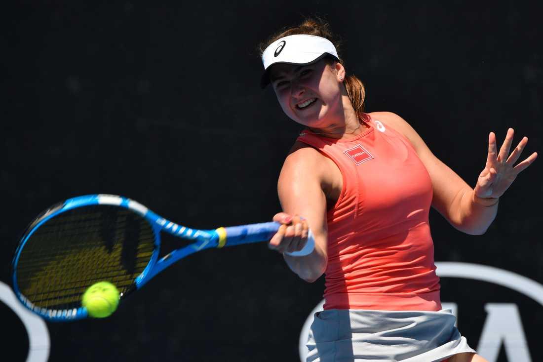 Rebecca Peterson är vidare till andra omgången i Australian Open.