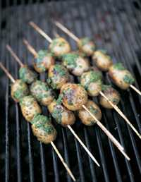 Potatis-spett med salsa verde. Receptet hittar du längre ner på sidan.