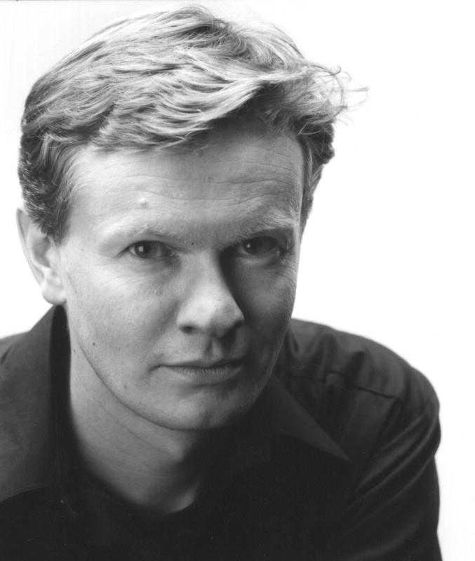 Steinar Opstads (född 1971) dikter finns nu i svensk översättning.