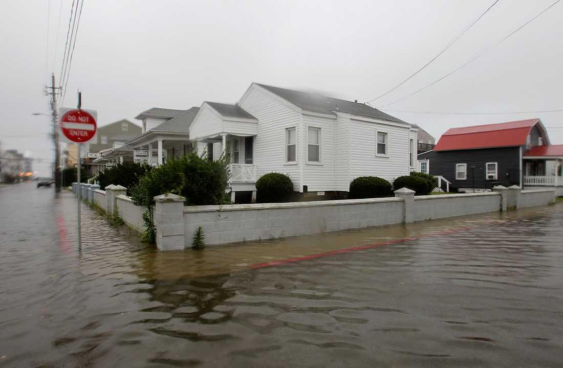 Ocean City, Maryland: Vattnet stiger i ett villaområde.