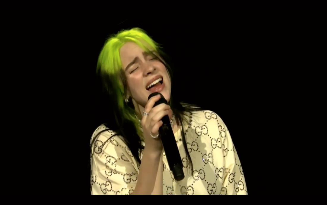 "Billie Eilish sjunger ""When the party's over"" under ""Where do we go? The livestream""."
