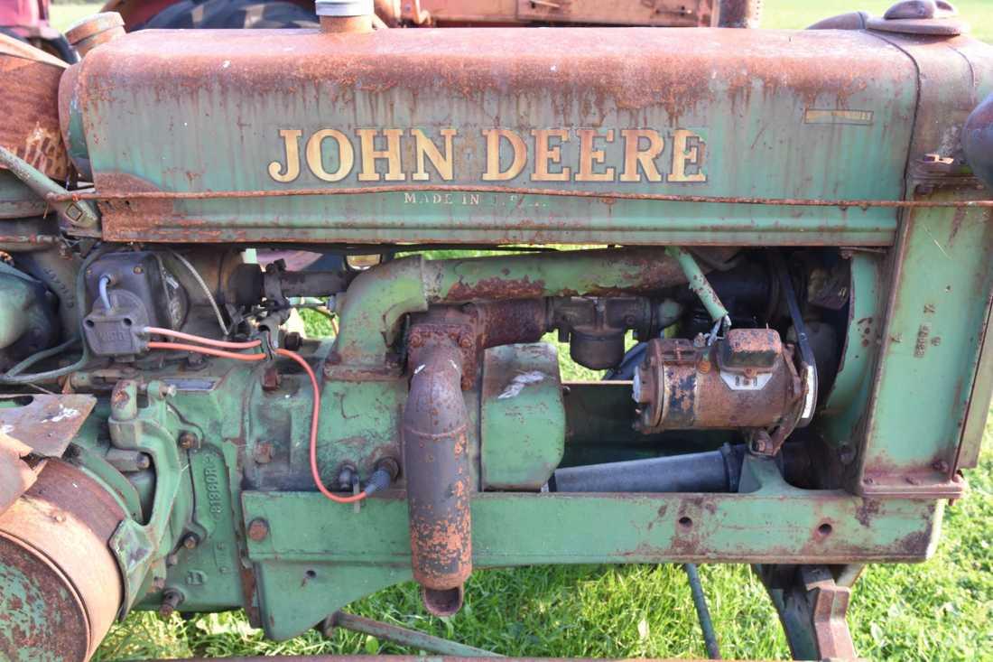 John Deere är ett populärt traktormärke bland moderna lantbrukare och många ville ha en gammal version.