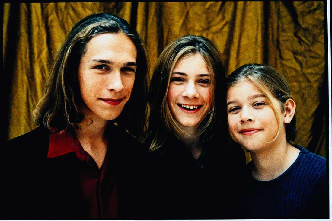 Isaac, Taylor och Zachary Hanson år 2000.
