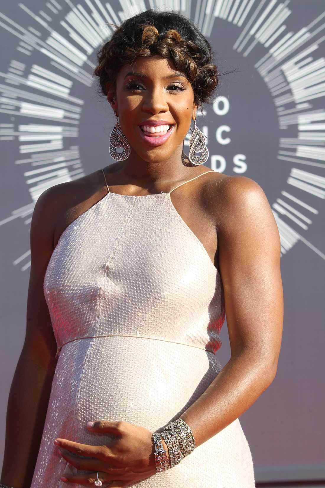 Gravida Kelly Rowland.