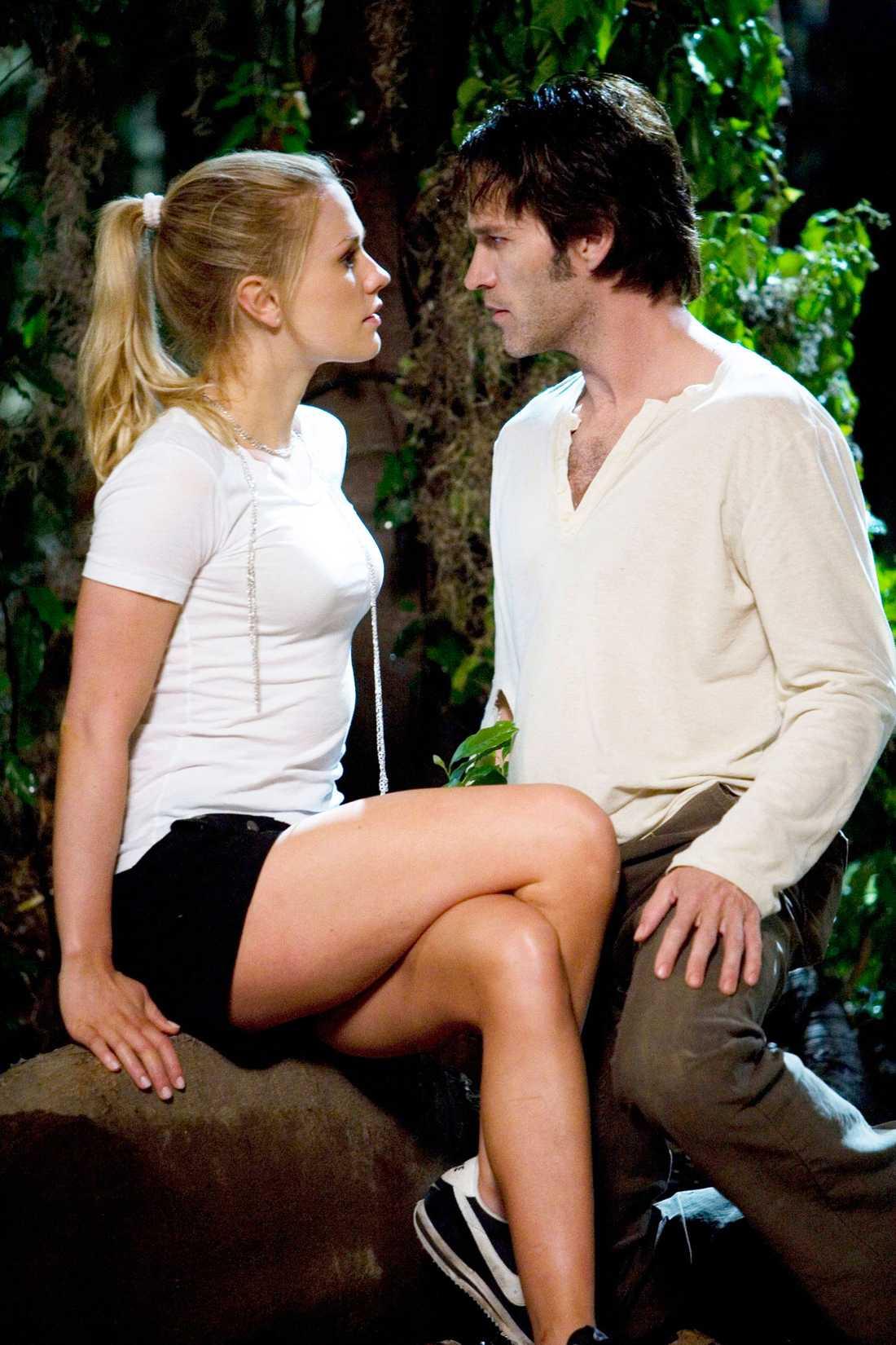 Anna Paquin och Stephen Moyer spelar huvudrollerna i serien.