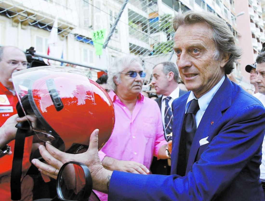 Luca di Montezemolo, president i FOTA och Ferrari (höger) och Flavio Briatore (Renaults stallchef) lämnar gårdagens möte. Parterna träffas igen under helgen.