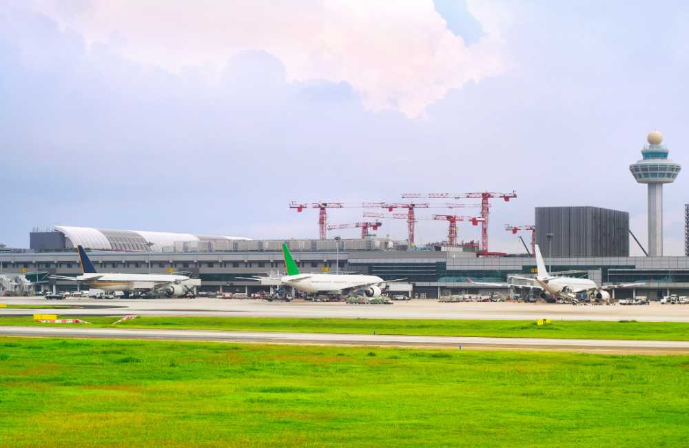 Asien dominerar listan över världens tio bästa flygplatser.