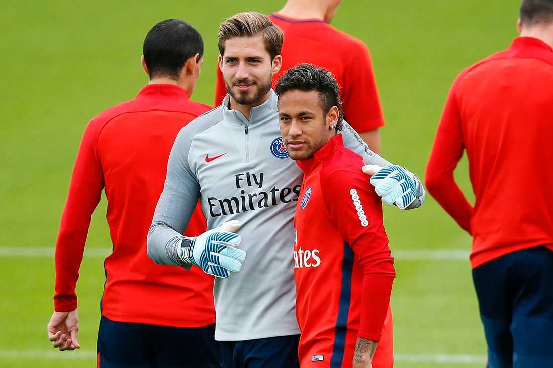 Kevin Trapp med Neymar
