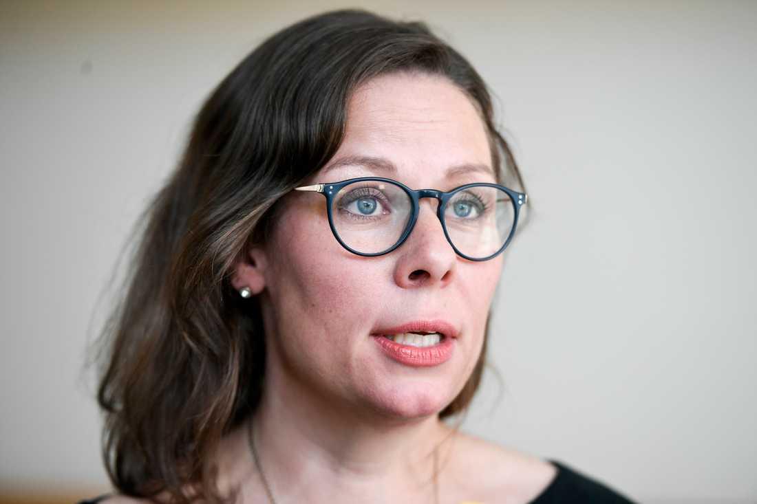 Maria Malmer Stenergard (M) riktar stark kritik mot Morgan Johanssons (S) agerande.