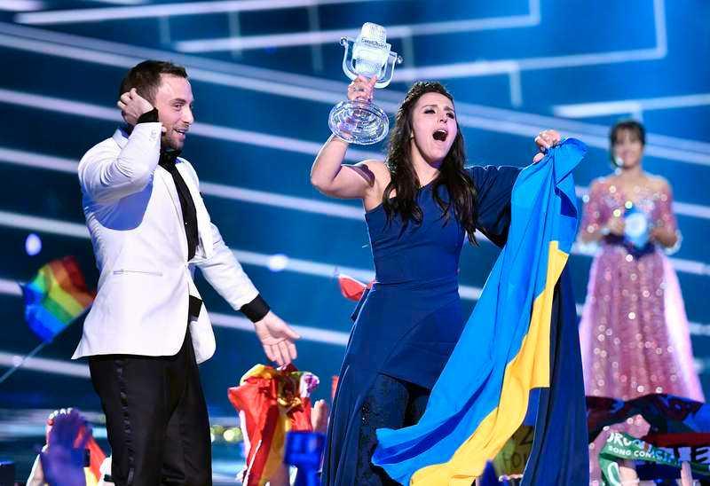 Jamala vinner Eurovision song contest 2016.