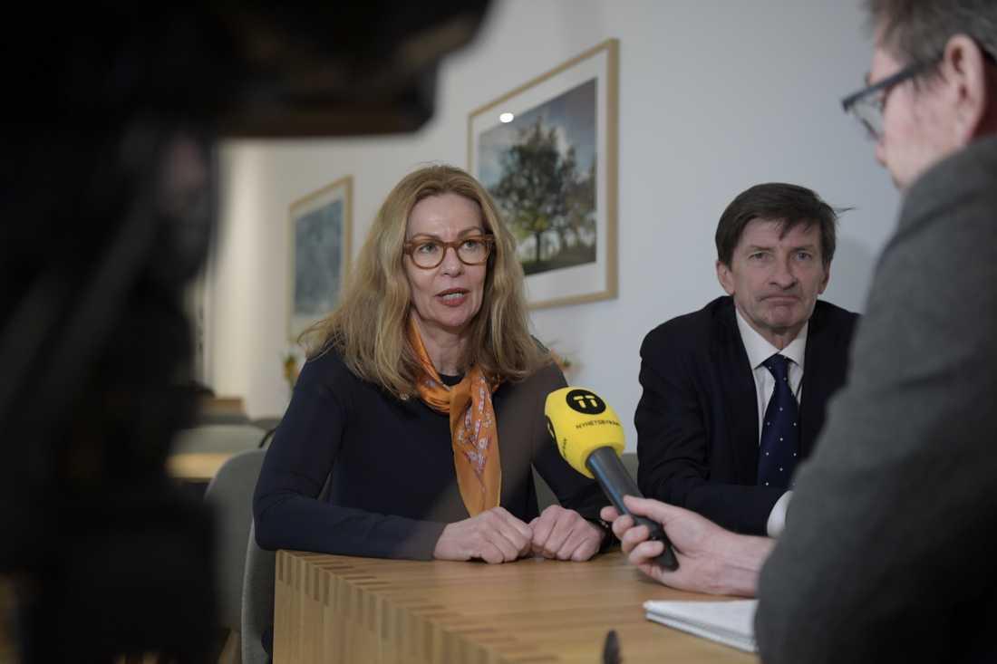 Swedbanks nu sparkade vd och koncernchef Birgitte Bonnesen och styrelseordföranden Lars Idermark.