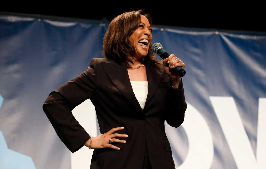 Den demokratiska presidentaspiranten och Kaliforniensenatorn Kamala Harris talar i den viktiga primärvalsstaten Iowa.