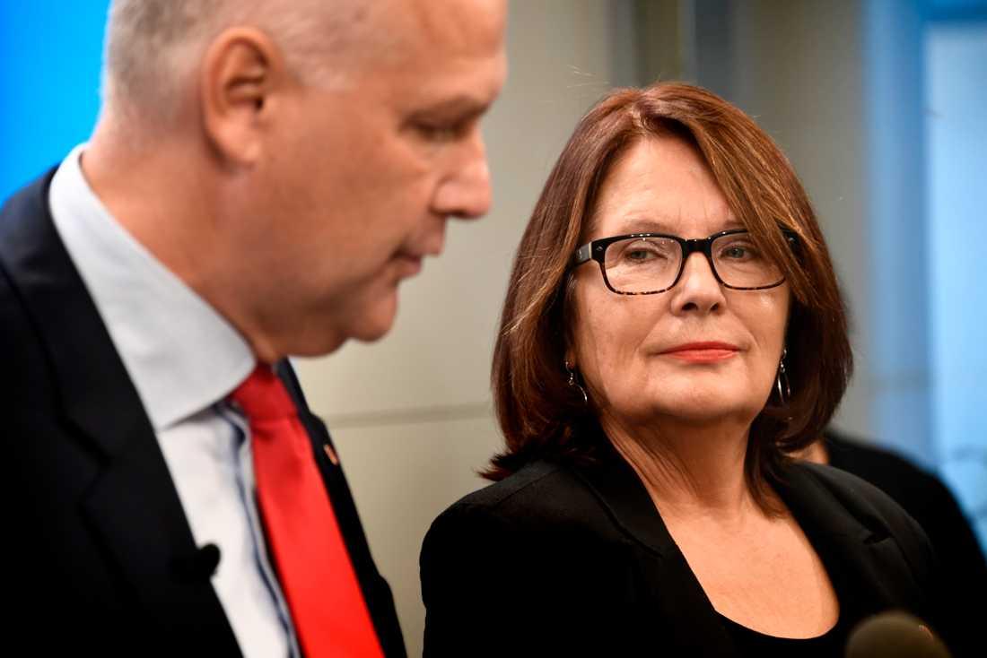 V nominerar Lotta Johnsson Fornarve till posten som andre vice talman.