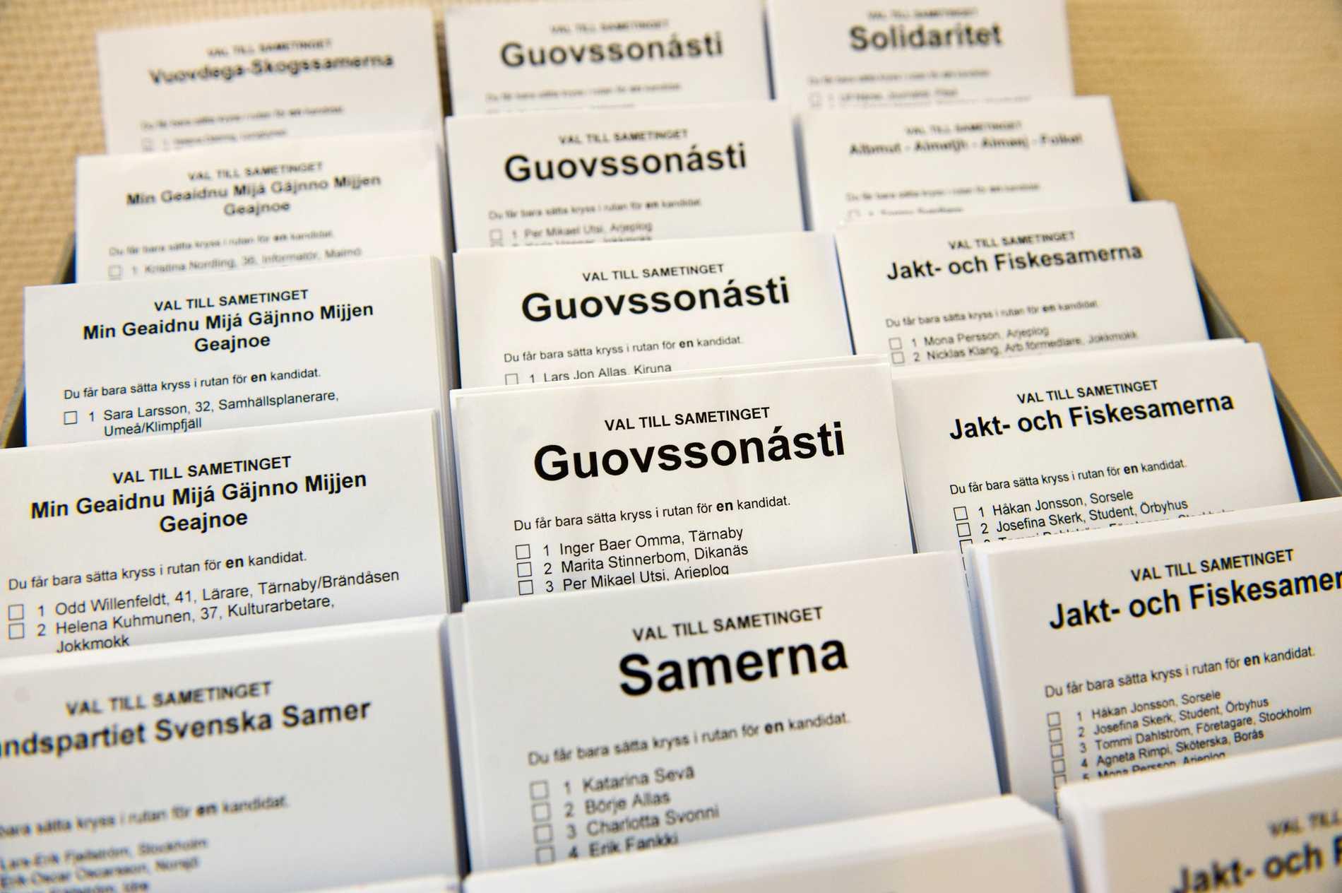 Valsedlar i en vallokal i Stockholms under 2009 års val till Sametinget. Det finns 747 registrerade samer i Stockholms län.