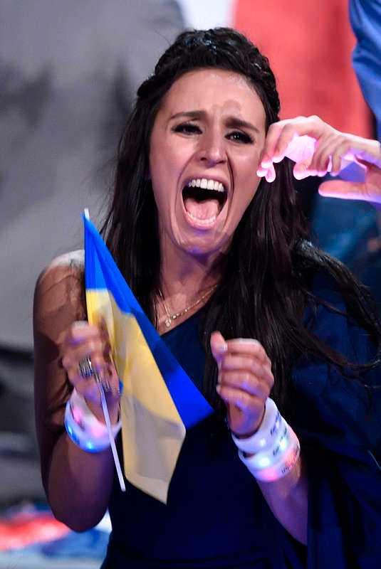 Ukrainas Jamala, 32, tog hem segern i Eurovision-finalen.
