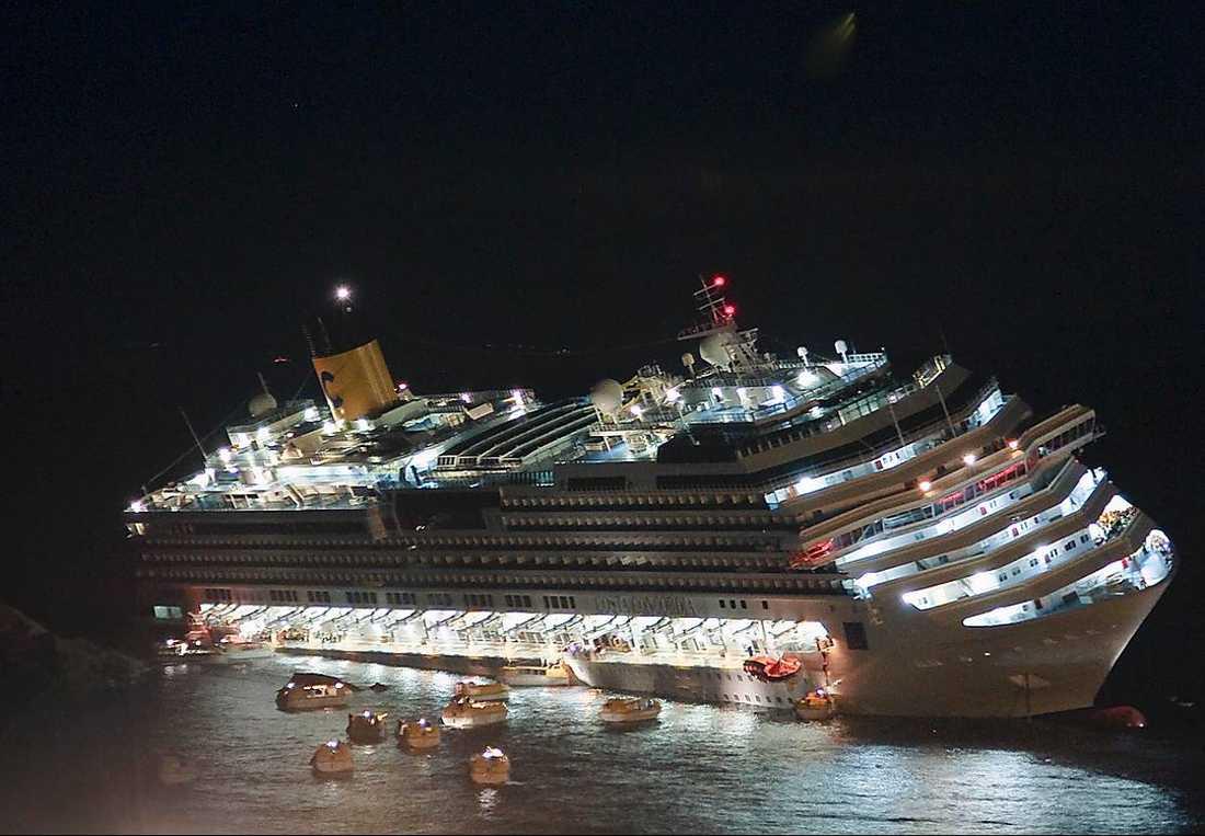 RISKFYLLT Bärgningen av Concordia beskrivs som den mest komplicerade i historien.