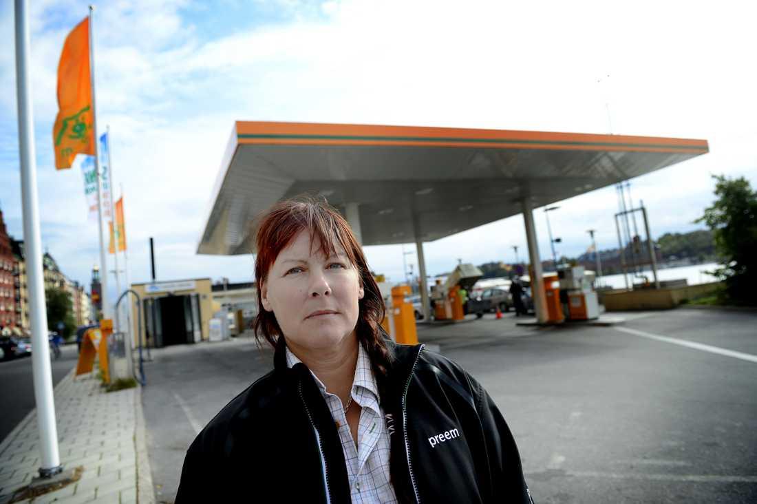 Susanne Melander som har Preem på Norr Mälarstrand, är en av de drabbade.