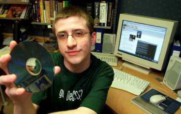känd kodknackare Norske Jon Lech Johansen blev känd som 16-åring när han knäckte koden till kopieringsskyddet på dvd-skivor. Nu har han tagit sig an Googles nya videospelare.