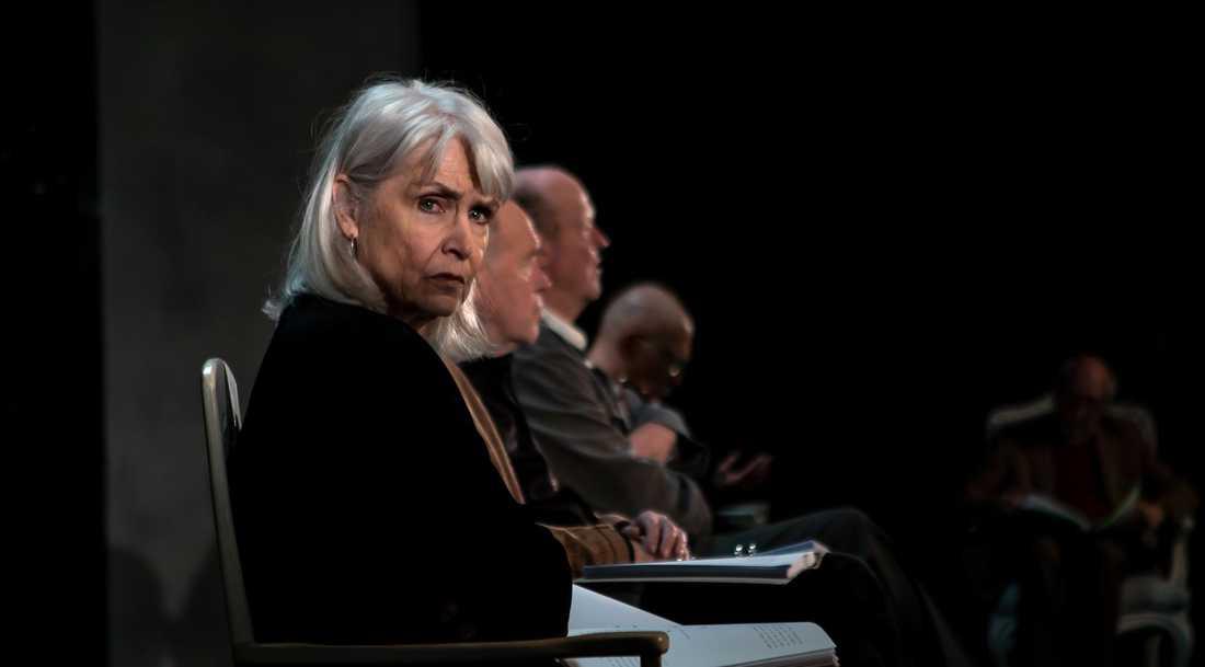 Marika Lindström i Lars Noréns Andante på Dramaten