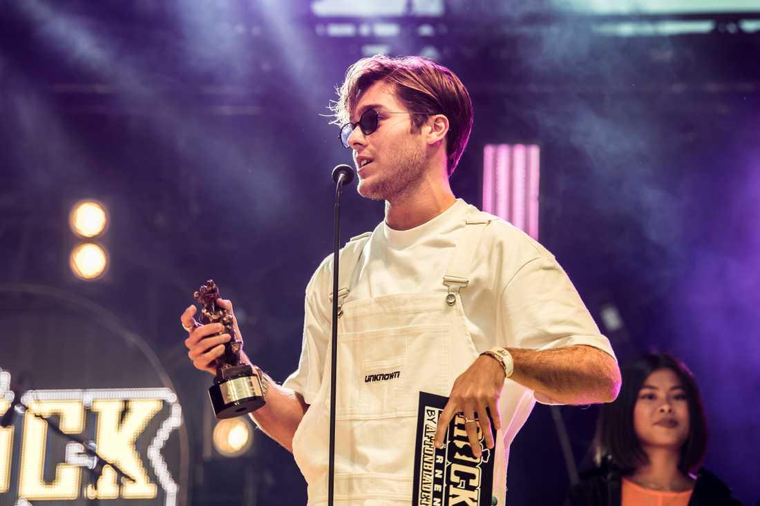Benjamin Ingrosso fick priset som Årets manliga liveartist under Rockbjörnen 2018.