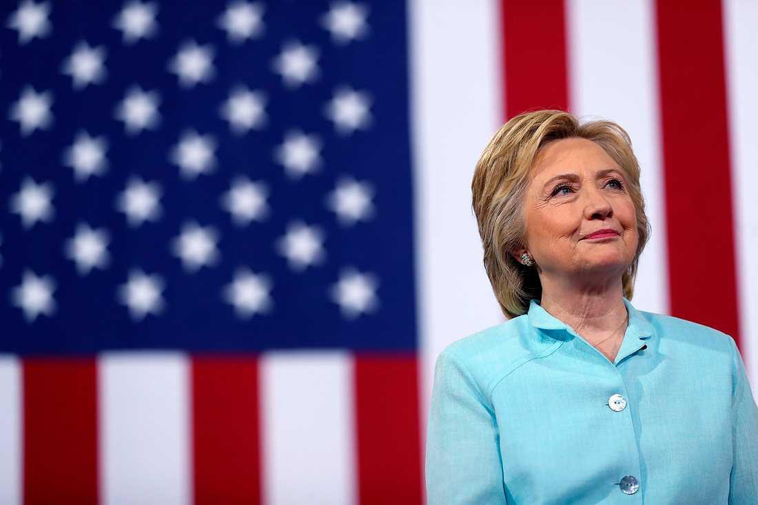 Pest eller kolera Åsa Linderborg menar att Hillary Clinton är den kandidat man måste välja. Foto: TT
