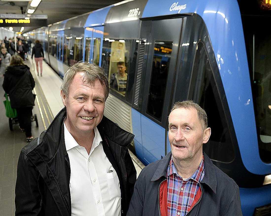 """""""Det var inte så svårt""""Olle Magnusson och Mats Fernlund hamnade mitt i ett knivdrama på julaftons förmiddag. De brottade ner gärningsmannen och höll fast honom tills polisen kom. """"Det var inte så svårt. Det var en ganska tunn grabb"""", säger Olle.Foto"""