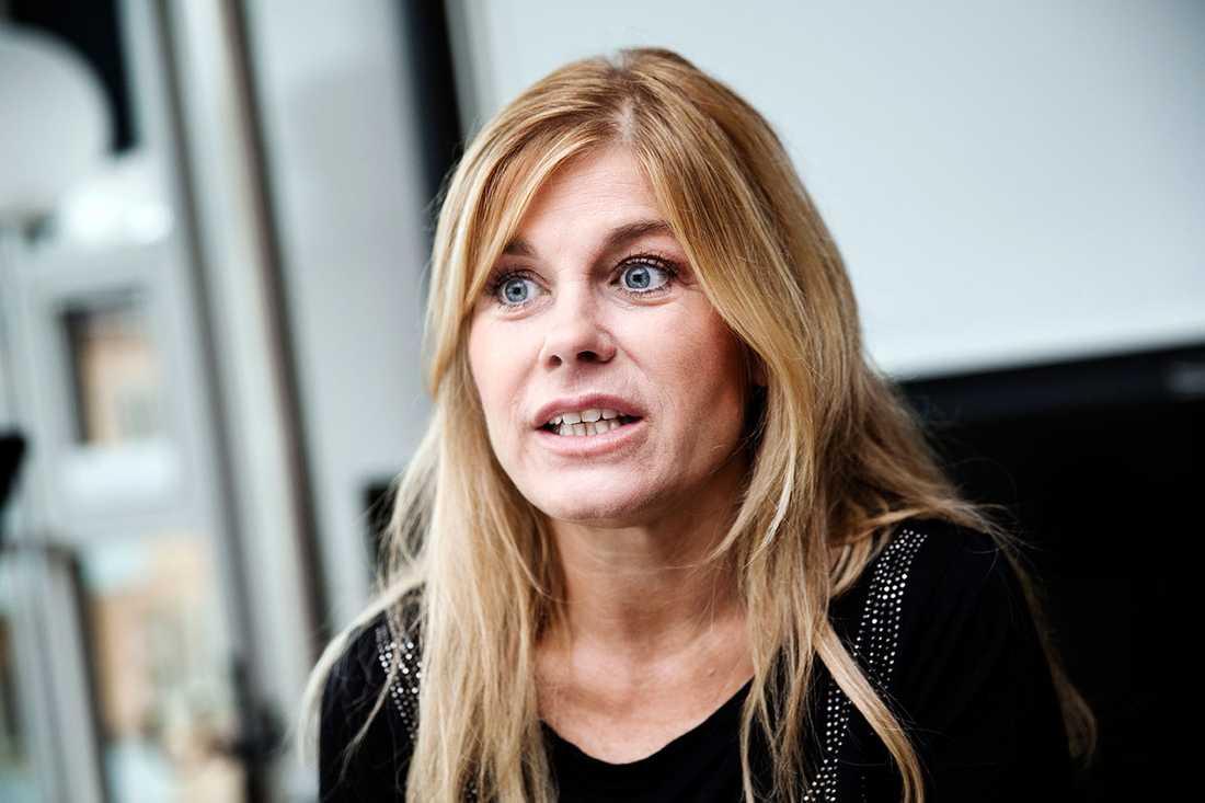 Pernilla Wahlgren berättar om den tuffa tiden efter separationen från pojkvännen Joachim.