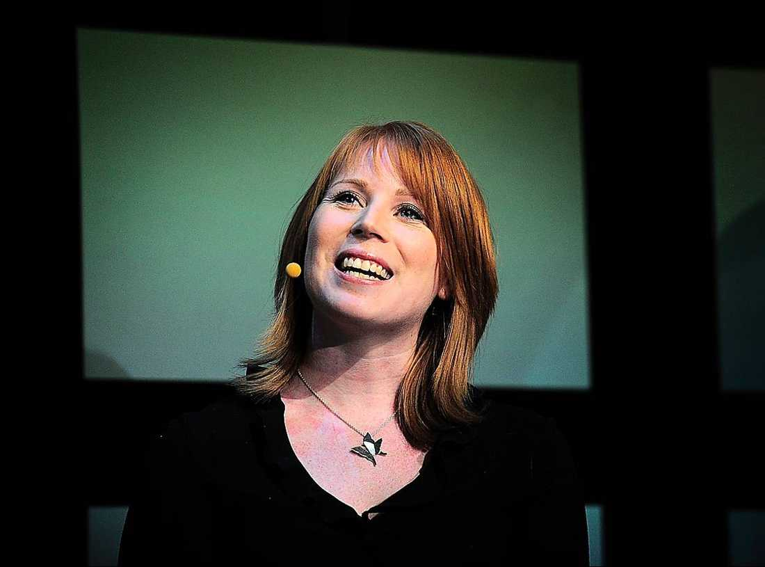 Annie Lööf (C) får tillsammans med Göran Högglund (KD) störst procent negativ publicitet.