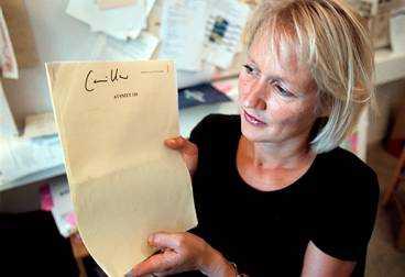 Camilla Ahlgren, manusförfattare.
