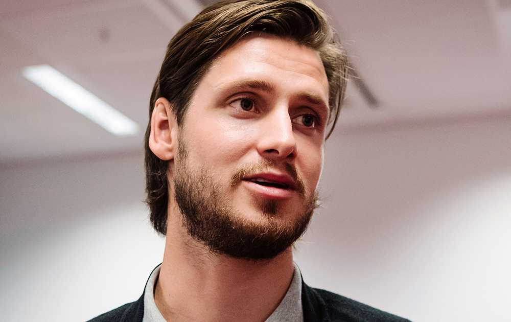 Ekman Larsson.