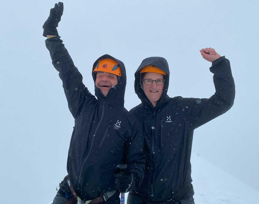 Daniel och Therese Belge nådde Kebnekaises topp den 9 juli.
