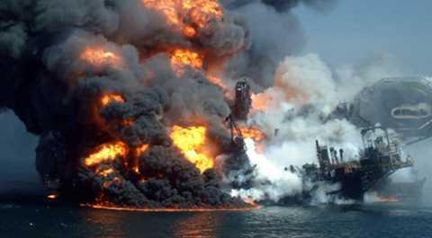 katastrofdagen Explosionen på Deepwater Horizon i april har fått katastrofala följder för djurliv och fiske i USA.
