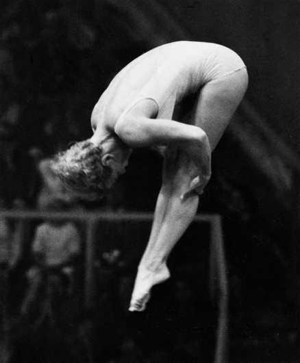 MÜNCHEN 2 SEPTEMBER 1972 17-åriga Ulrika Knape vinner OS-guld i damernas höga hopp - och Aftonbladets förstasida dagen efter domineras av bragden.