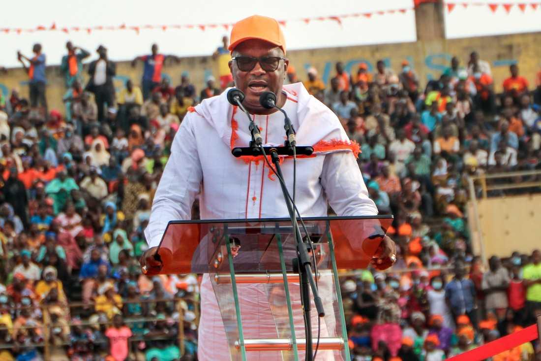 Burkina Fasos president Roch Kaboré vinner en andra mandatperiod. Arkivbild.