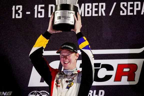 Johan Kristoffersson avslutar WTCR med en seger