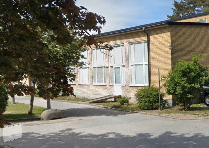 Ältahöjdens skola i Nacka köptes upp av Dibber-koncernen och heter numera Dibber International School Nacka.