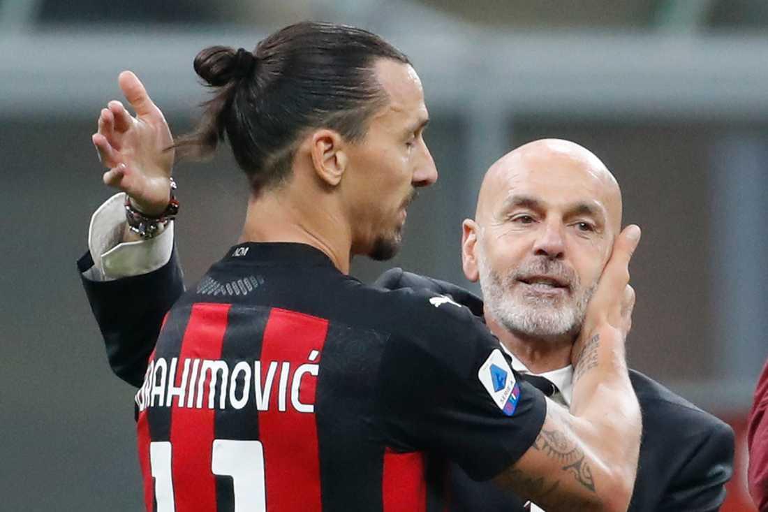 Stefano Pioli hyllar Zlatan Ibrahimovic.