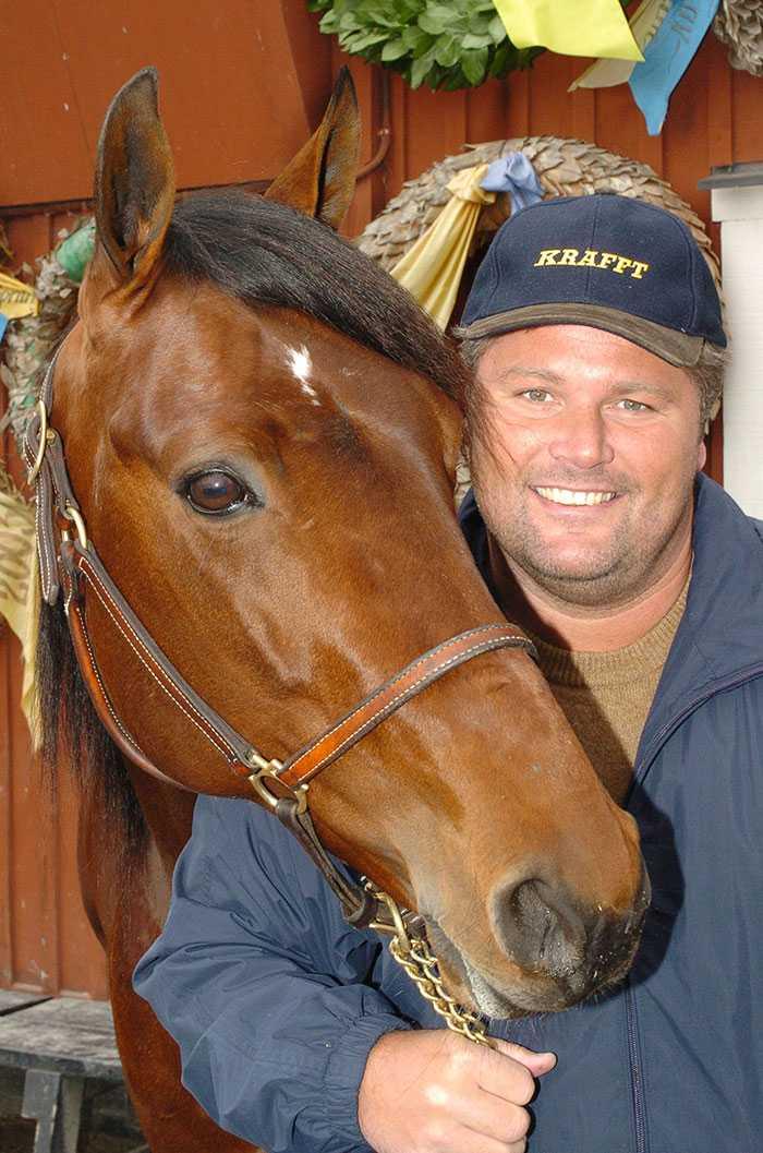 Stefan tillsammans med stjärnhästen Naglo.
