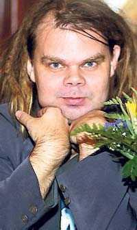 Lars Mikael Raattamaa, född 1964.