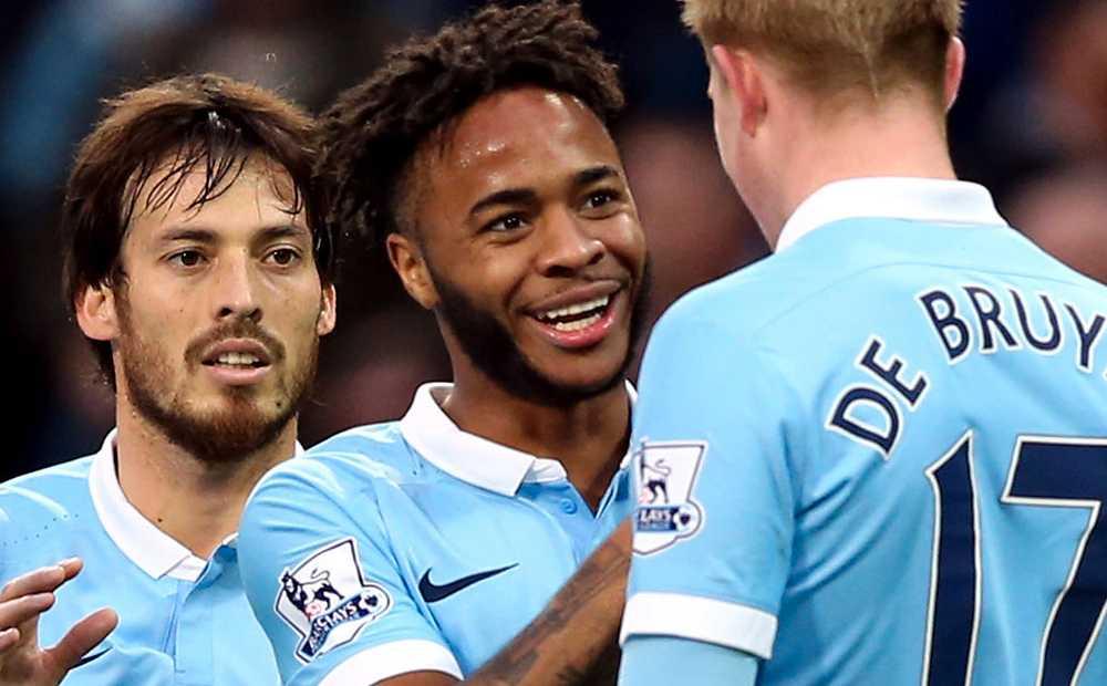Raheem Sterling (mitten), Manchester City.