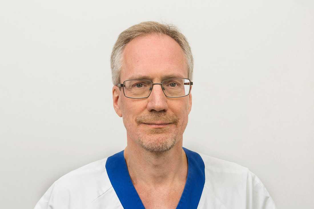 Erik Norrman  sektionschef på neonatalmottagningen på Akademiska sjukhuset.