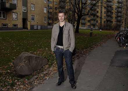 TILLBAKA Det har gått fyra år sedan Tony Widerberg ingrep och stoppade den brutala misshandeln här i Göteborg. Minnena är fortfarande smärtsamma.