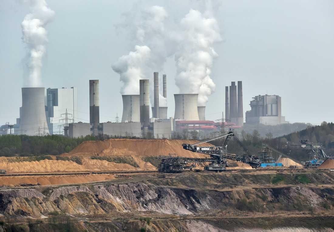 Kol bryts vid ett kraftverk. Arkivbild.