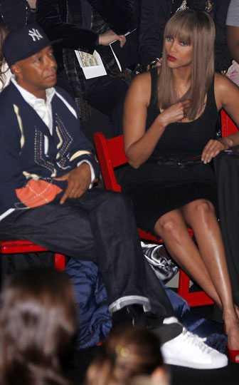 Russel Simmons och Tyra Banks på Tyras bästis och Russels exfrus visning, Baby Phat av Kimora Lee Simmons.