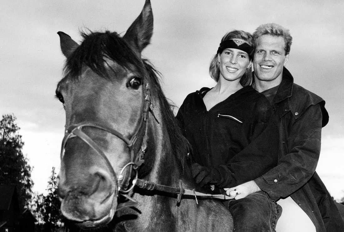 Frank Andersson till häst tillsammans med dåvarande flickvännen Susanne Hardenborg
