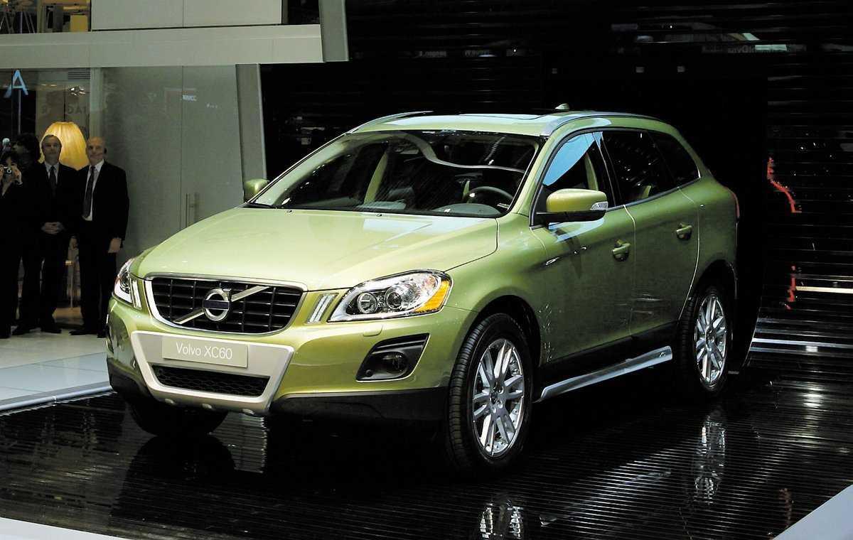 """bara diesel Volvos nya """"lilla"""" stadsjeep XC 60 kommer bara att säljas med dieselmotorer i Sverige. Varianten med bensinmotor blir för dyr i drift."""